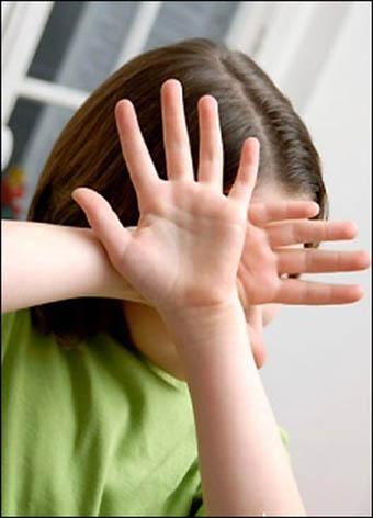 الاســـم:تعذيب طفلة.jpg المشاهدات: 9112 الحجـــم:37.3 كيلوبايت